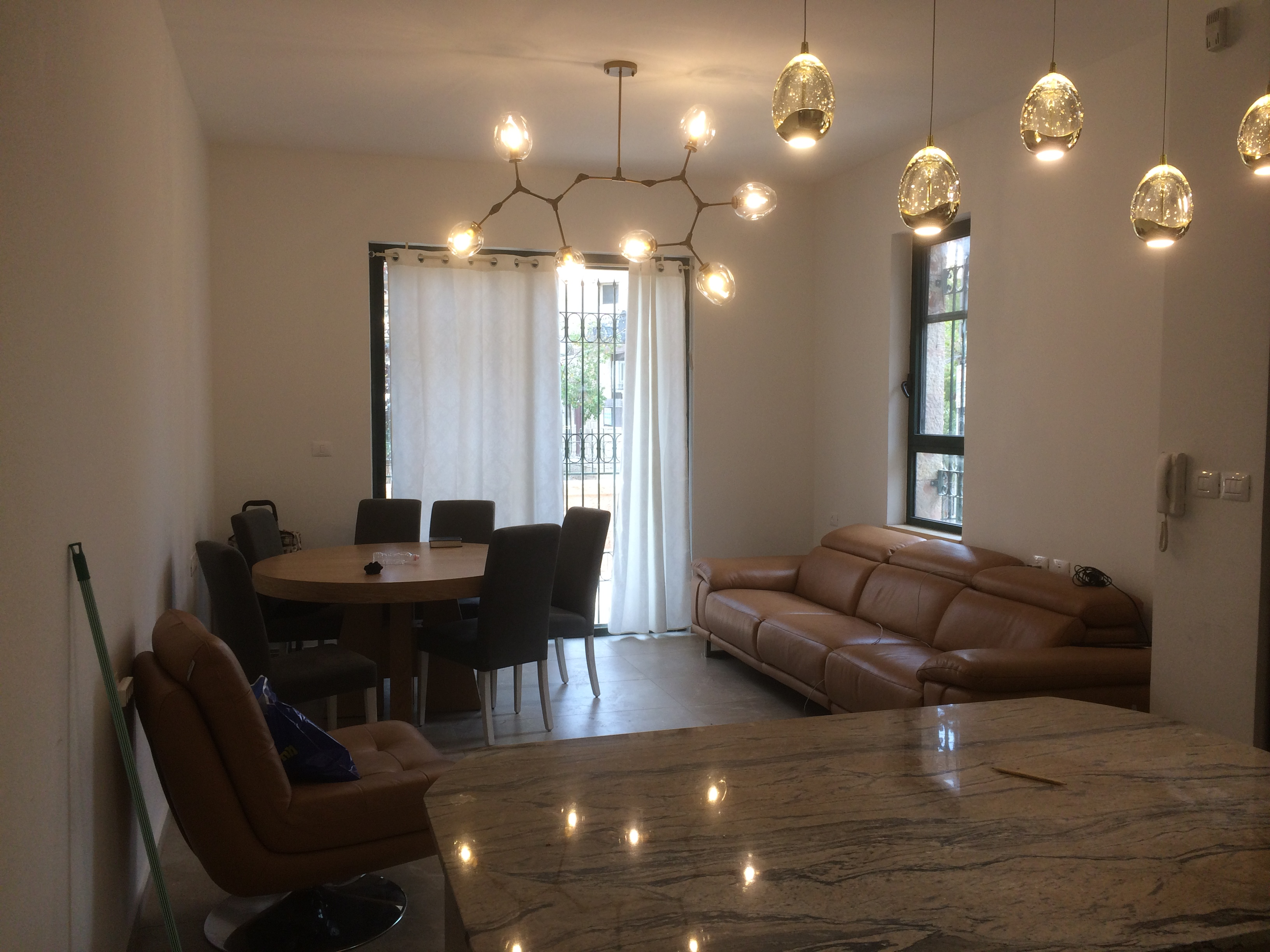 Newly renovated fully furnished 4 bedroom apt for rent in Nachlaot